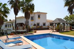 Beautiful andalusien style villa