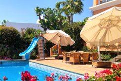 Fantastisk familie villa i Spansk stil