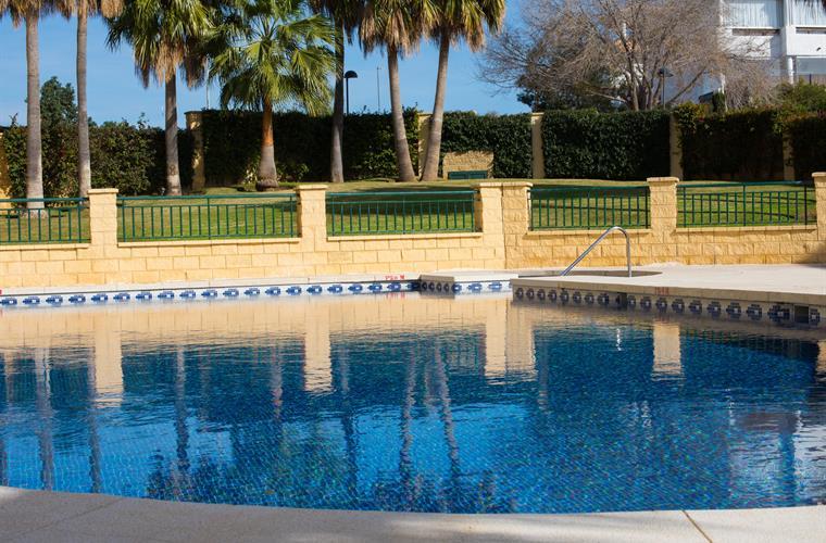 pool 4 torrequebrada Azalean Dan Nielsen MHH2192