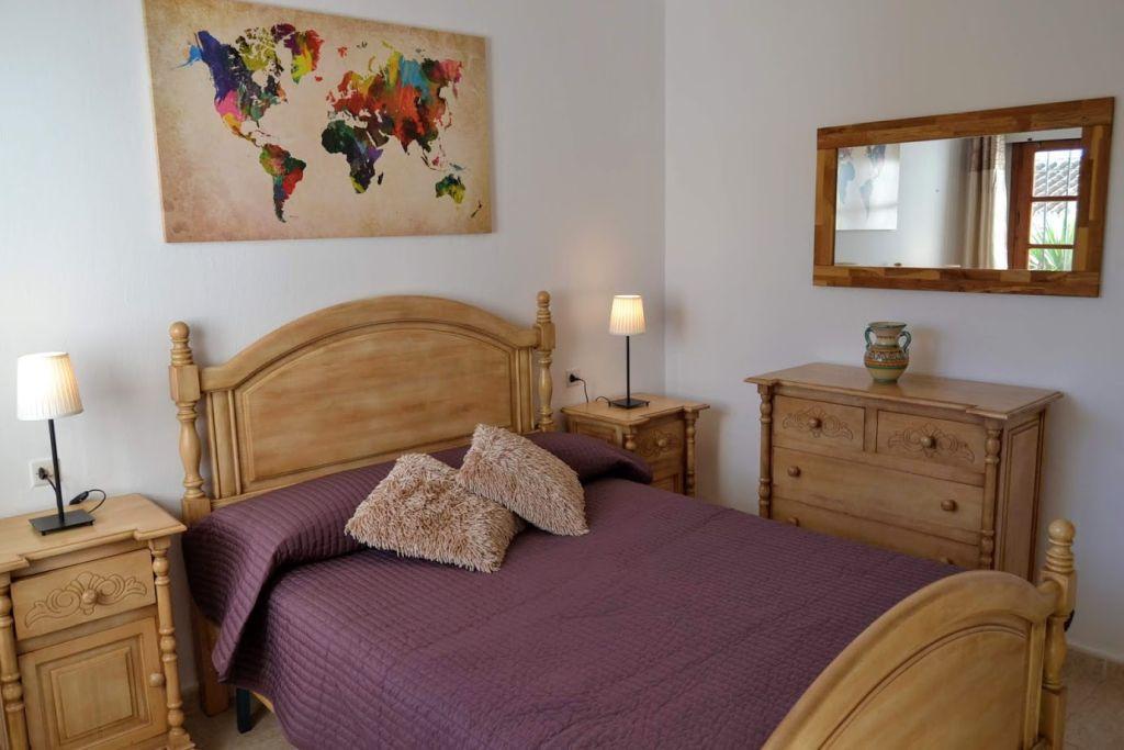 La Cala bedroom 14 lys