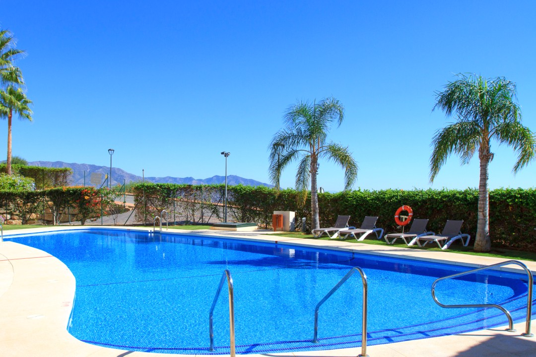 pool los cortijos resize (2)