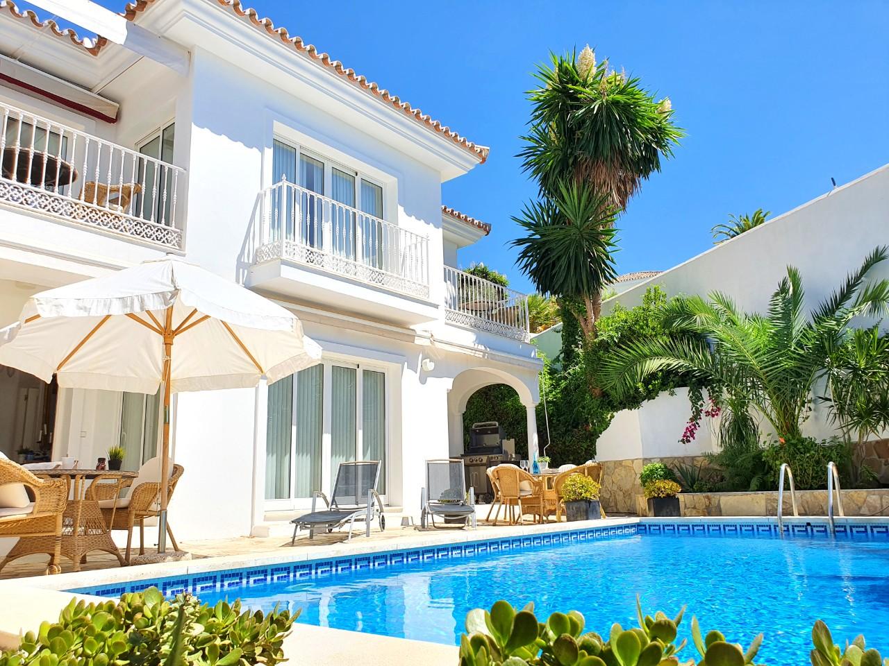 Villa med privat pool