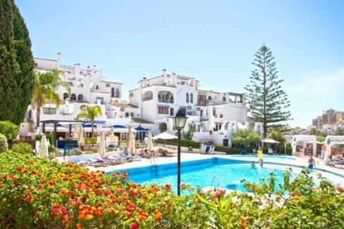 pueblo-evita-swimming-pool